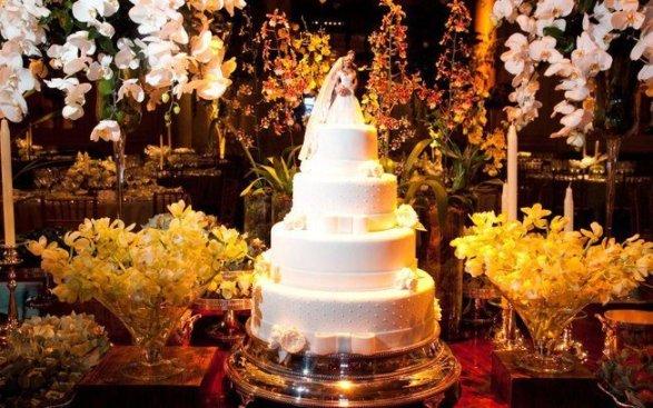 foto do bolo para o álbum de casamento