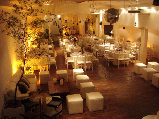 foto do salão de festa do casamento