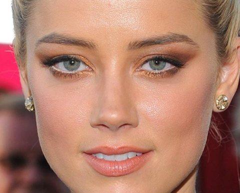 exemplo de Maquiagem para aumentar os olhos