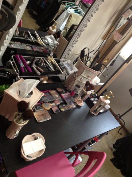 na hora de organizar maquiagem