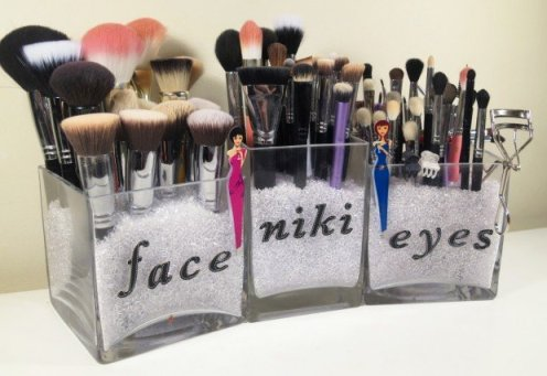 vasinhos para organizar maquiagem