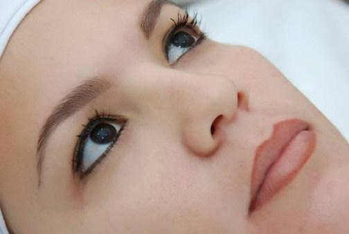 maquiagem definitiva não oferece riscos