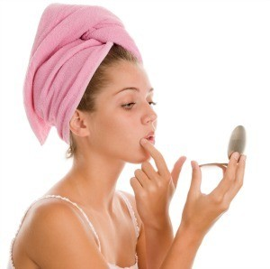 Saiba como eliminar os cravos no banho