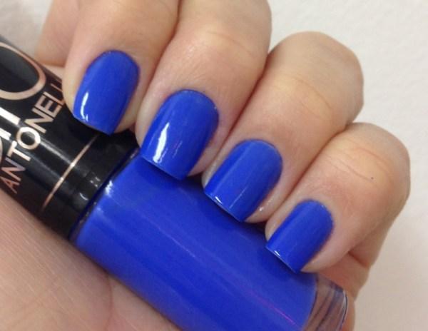 azul entre as Tendências de esmaltes verão 2015