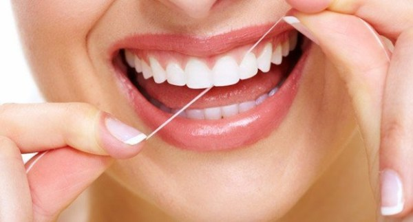 Como acabar com o mau hálito através da higiene bucal
