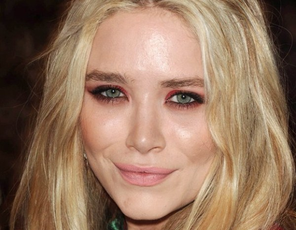 Mary Kate Olsen inspira Makes para Halloween