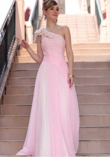 Comprimento dos vestidos para madrinhas