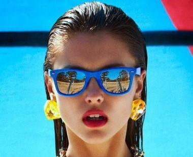 moda dos óculos escuros