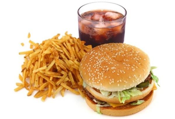 Evite alimentação pesada no calor