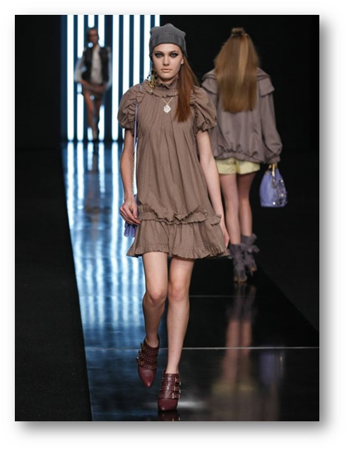vestidos para mulheres com costas gordinhas
