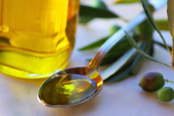 azeite de oliva para fazer umectação
