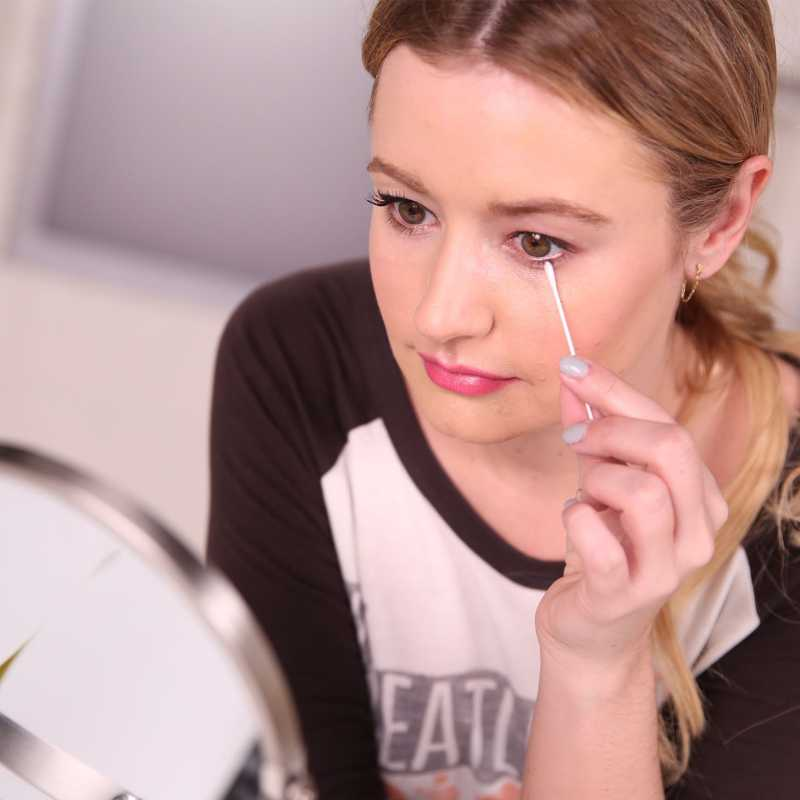 Como tirar a maquiagem