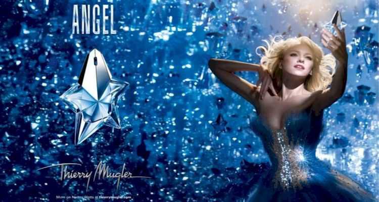 Angel by Thierry Mugler é imediatamente identificável pelo cheiro, talvez mais do que qualquer um dos outros perfumes nesta lista.
