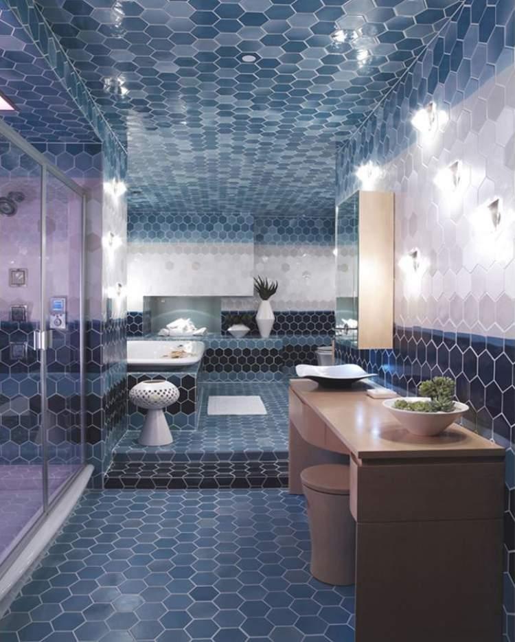 banheiro pequeno decorado com pastilhas