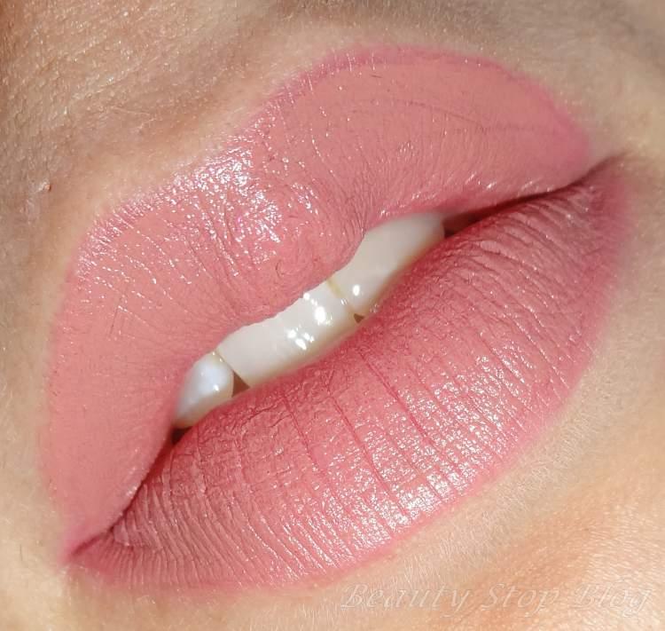 lábios hidratados