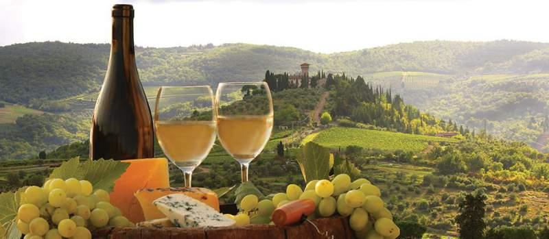 Toscana na Itália é um lugar maravilhoso para viagem a dois