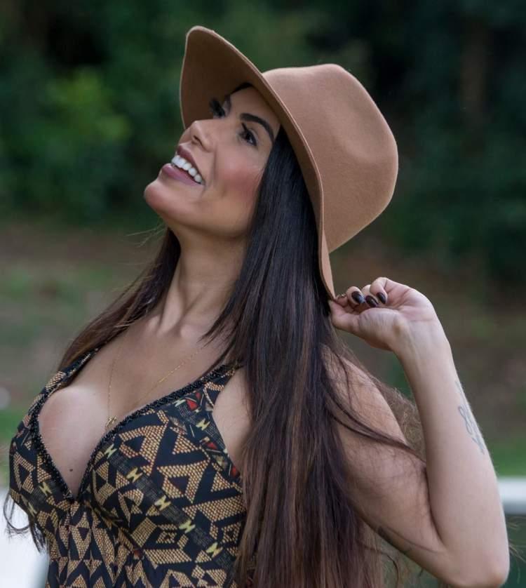 Priscila Rocha é conhecida como a Barbie Morena