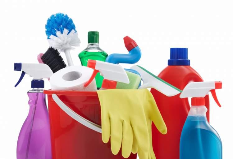 maneiras de deixar a limpeza de casa mais divertida