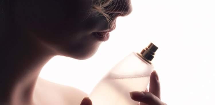 não compre perfume de frasco grande