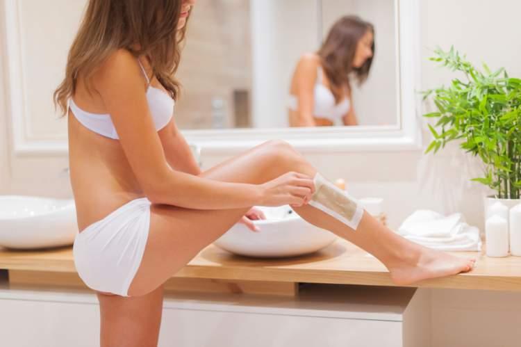 Veja 4 métodos para remover seus pelos sem sentir a menor dor