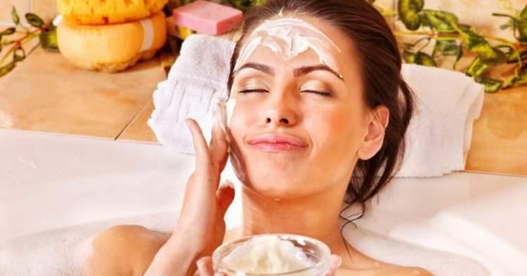 Aprenda fazer um hidratante caseiro para pele seca