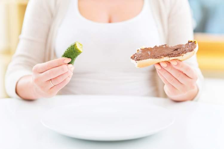 Desejo por alimentos específicos é um dos sintomas iniciais de gravidez