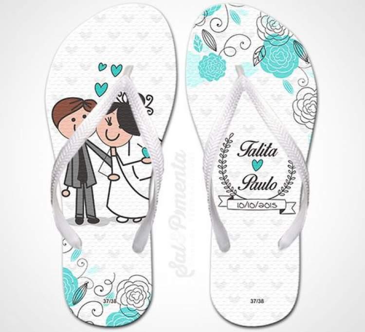 Modelo de chinelo para dar como lembrancinha de casamento