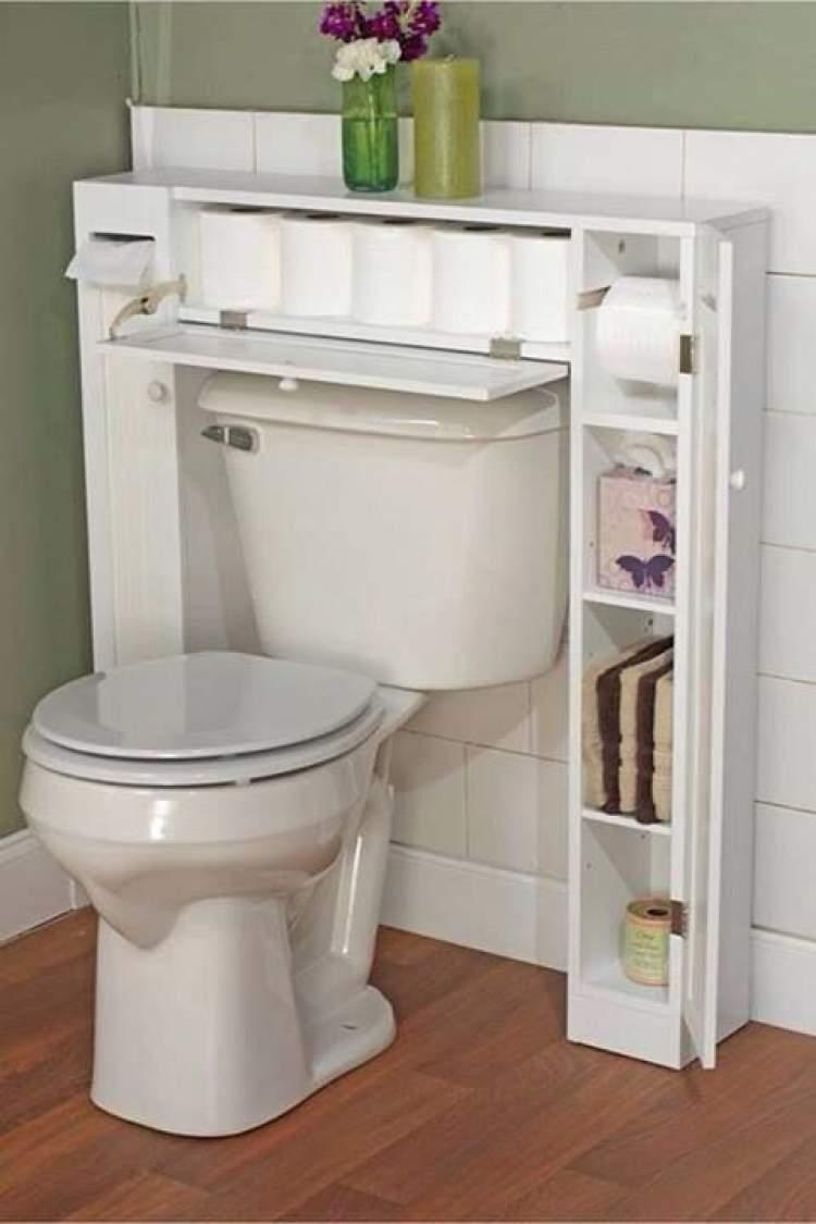 Truque para deixar um banheiro pequeno mais espaçoso