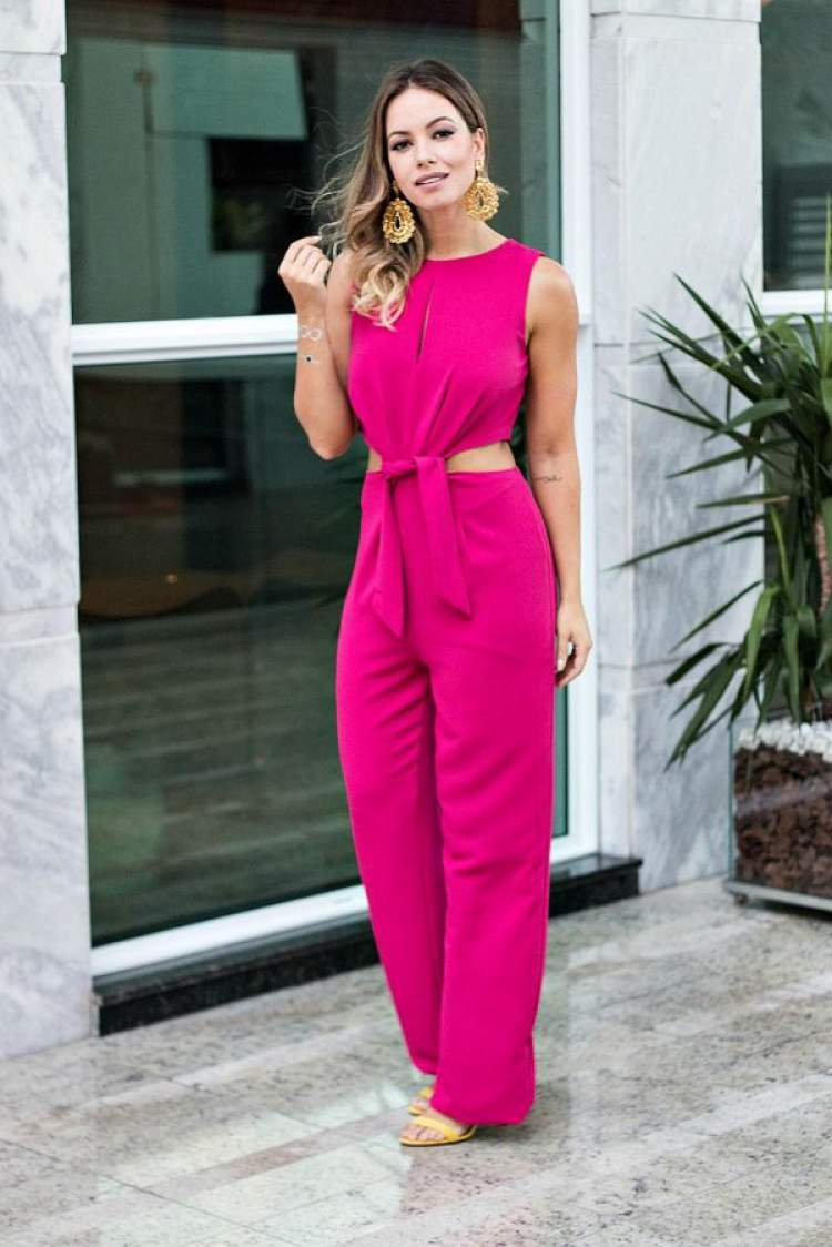 Macacão na cor tendência do verão 2018: Pink Yarrow