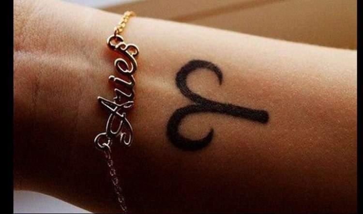 Tatuagem delicada para o signo de aries