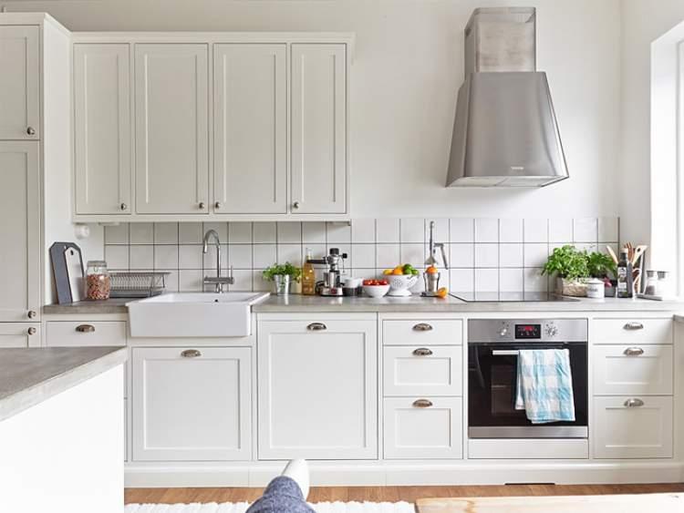 Decoração de cozinha com cores claras
