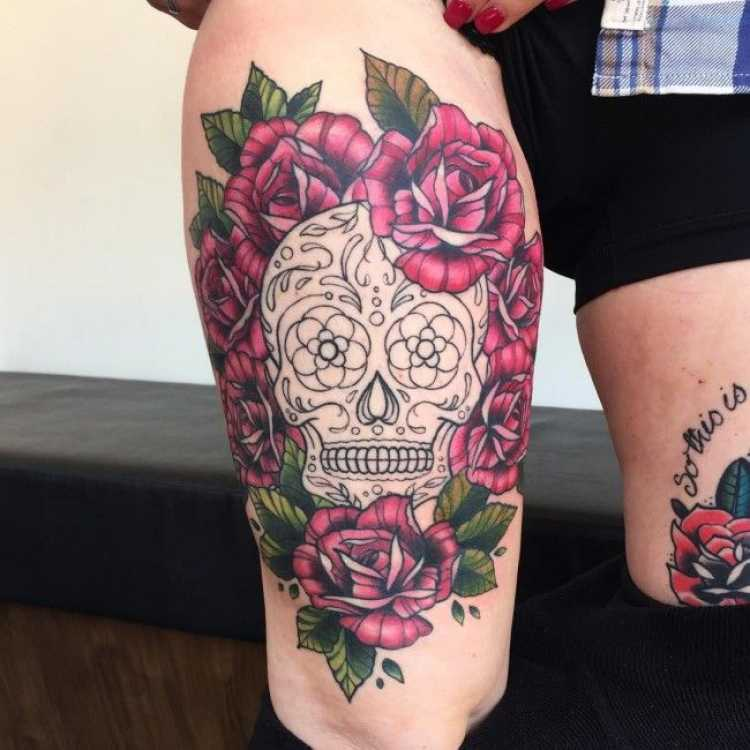 ideia de tatuagem meio macabra