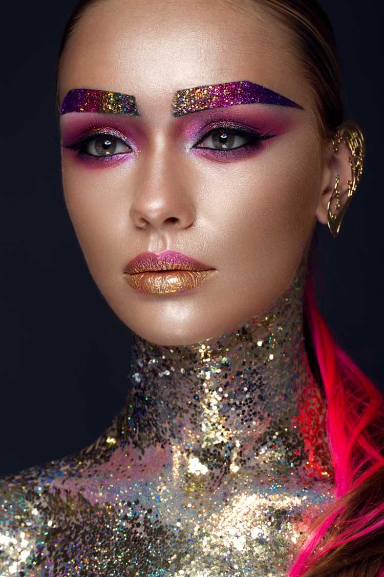 Make glow é uma das tendências para maquiagem de carnaval em 2019