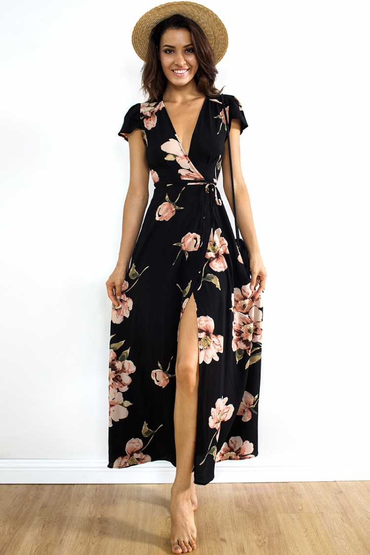 Wrap dress é uma das inspirações de look estiloso e fresco para o verão 2019
