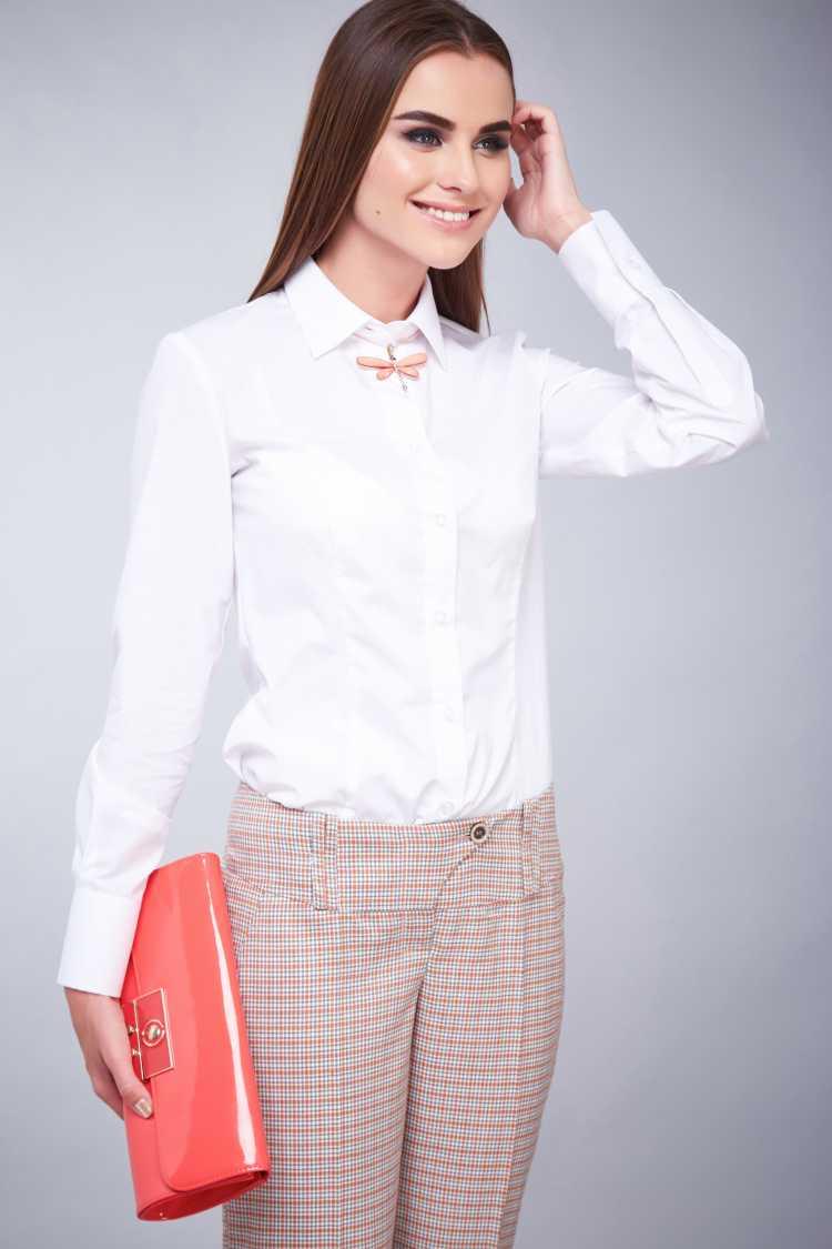 camisa Social Feminina com calça de alfaiataria