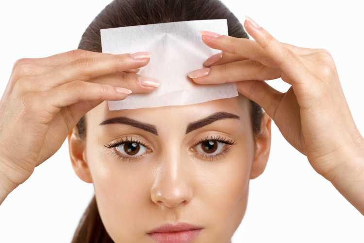 Dicas de Cuidados para evitar a pele oleosa