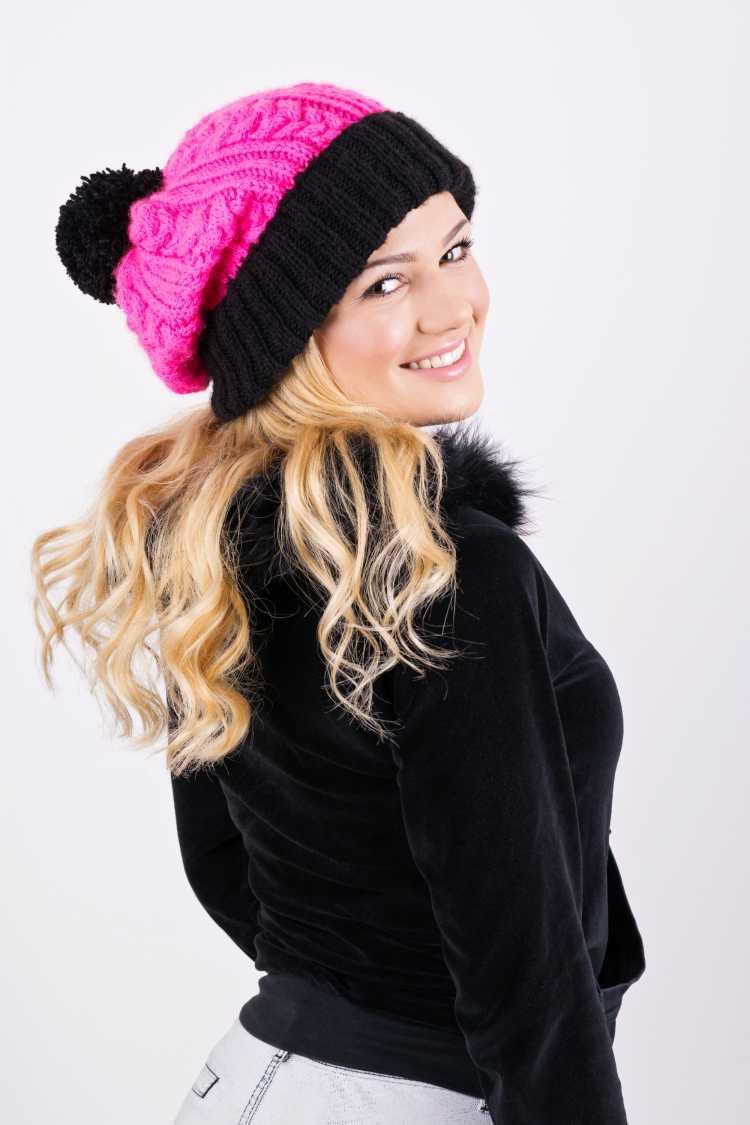Touca ou Gorro Feminino rosa com preto