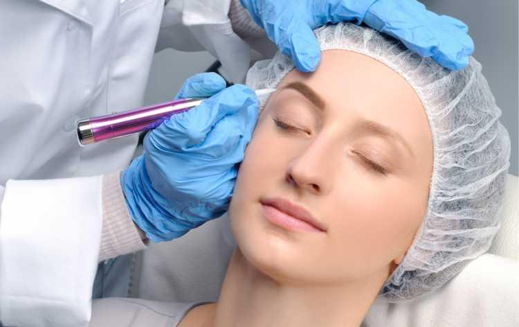 como é feita a Micropigmentação das sobrancelhas