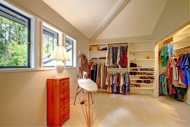closet simples com conceito aberto