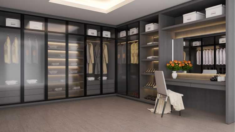 portas dos armários do closet em vidro fosco