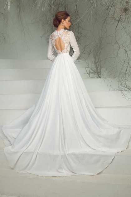 vestido de noiva com manga bordado nas costas