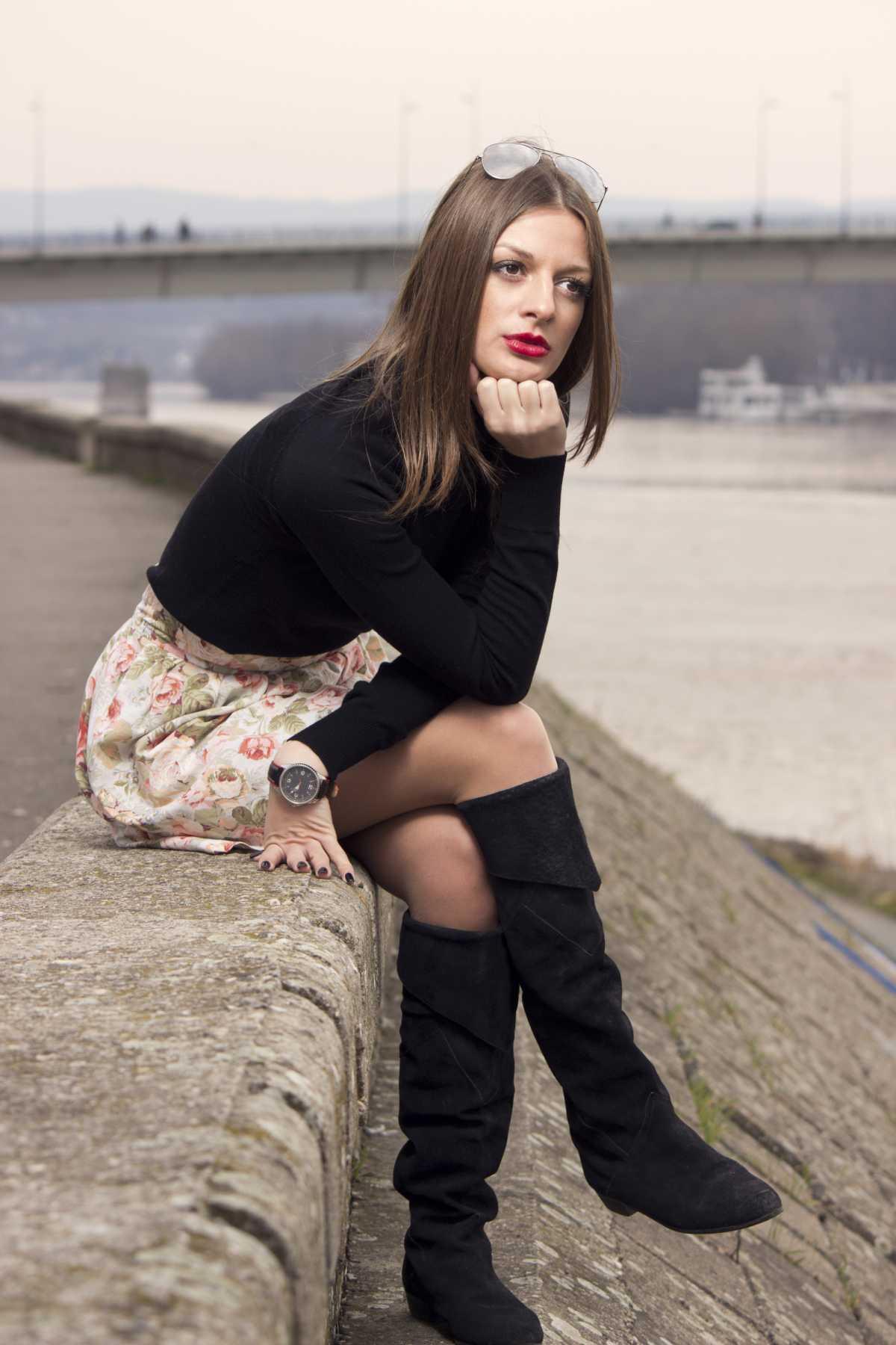 dress com suéter preto