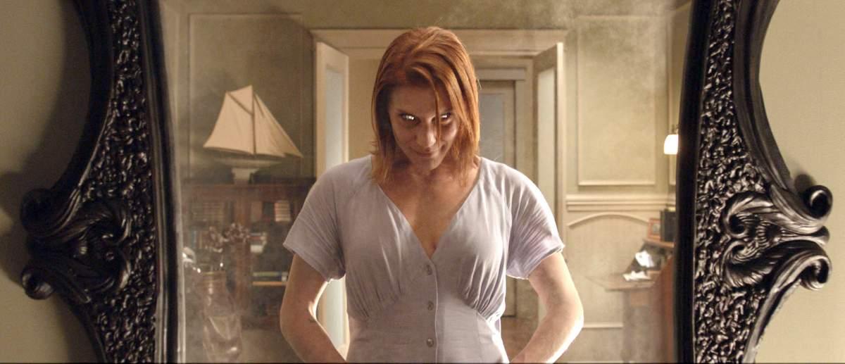 O espelho  é um dos filmes sinistros que não vão te deixar dormir à noite