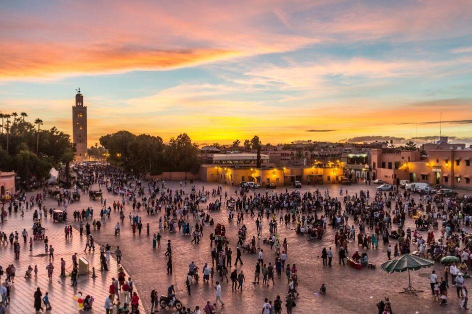 Praça Jemaa El Fna em Marrocos - Foto: ShutterStock
