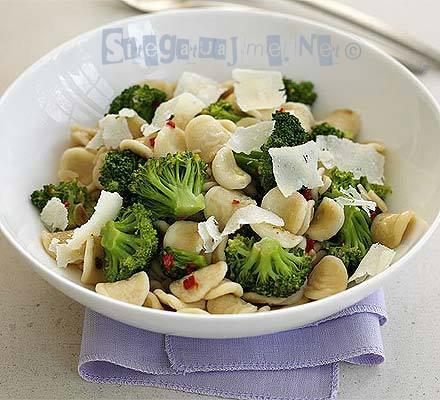 orecchiete me brokoli