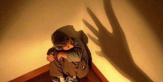 Indignante: Pareja adoptaba niños para luego abusar de ellos