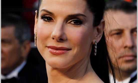 Sandra Bullock aparece al natural en TV - Video
