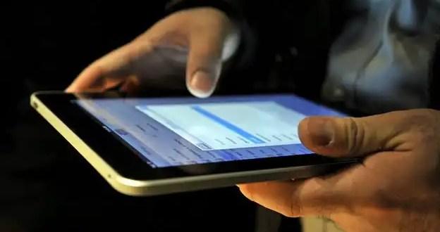 Mujer estafada: Compró un iPad y le entregan un espejo