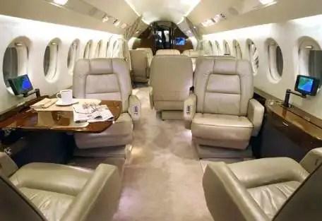 Cómo comprobar la seguridad de un avión rentado