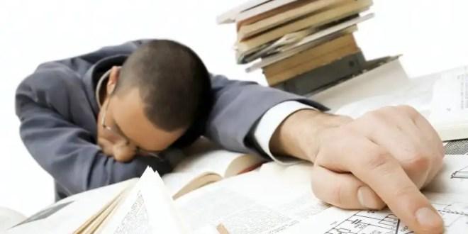 Técnicas para dormir en el trabajo y no tescubran